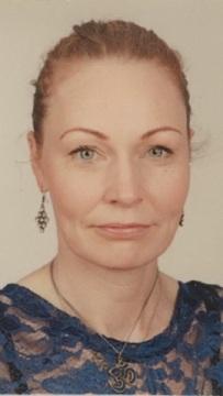 Kennari er Klara Dögg Sigurðardóttir. Klara hefur lengi starfað sem jógakennari, meðal annars hjá Reebok fitness, Hringsjá, Ljósið og Sjálfsbjörg.